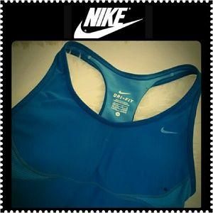Nike Tops - Nike Dri-Fit Workout Tank Top