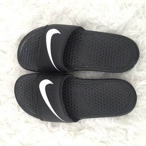 Nike Shoes - No trades Nike sandals womens size 4 fit like 5 993950616
