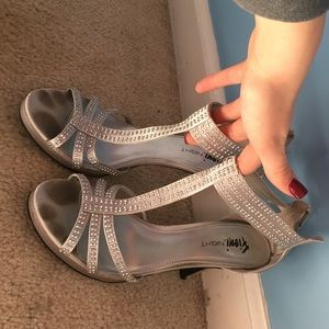 FIONI Clothing Shoes - Silver studded prom heels