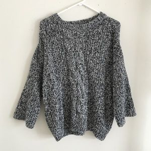 H&M chunky cable knit oversized sweater size S
