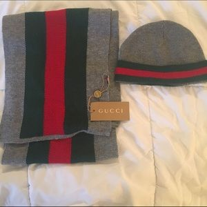 Gucci signature Web Knit Scarf and Hat