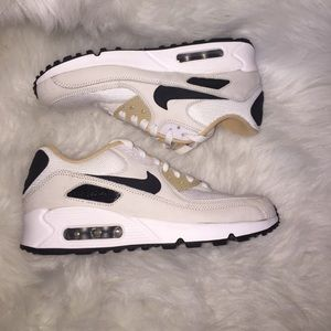 great fit 5cb4c 94601 Nike Shoes - 🆕 Nike iD Air max 90 iD sneakers custom WMNS 7.5
