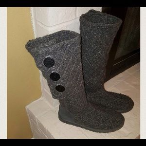 grey cardigan uggs