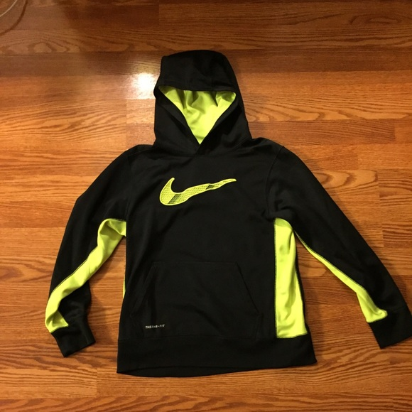 70a75dd5e007 Black and neon yellow Nike hoodie! (Boys size). M 56c4f0017f0a0536250aadcf