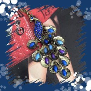 Jewelry - 💞RETRO  CHARM💞necklace