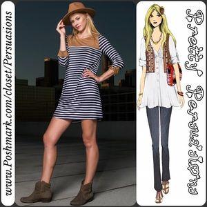 Pretty Persuasions Dresses & Skirts - NWT Striped Navy & White Mini Dress Tunic