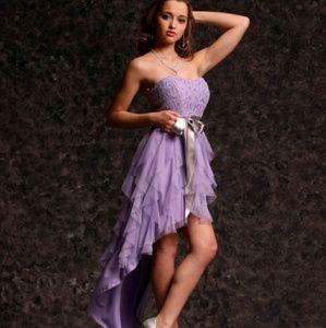 teeze me Dresses & Skirts - ???hp??Hig-low dress