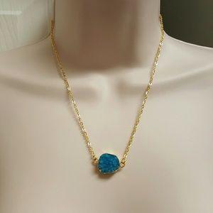 Jewelry - 💙Blue druzy necklace💙