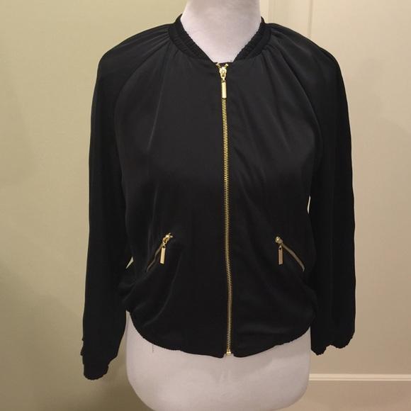 6e417dbf6 NWT H&M Black silky bomber jacket NWT