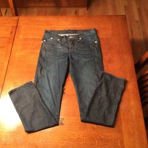Women's Rock & Republic Berlin jeans.