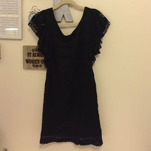 Beautiful black lace dress fits small