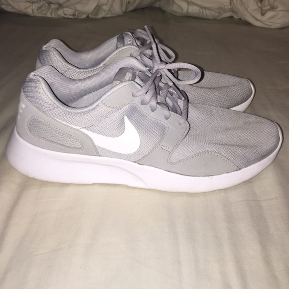 Light Grey Nike Kaishes