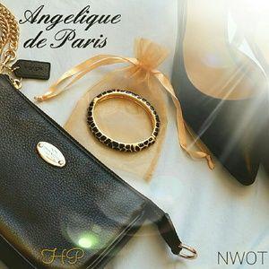 Angelique de Paris