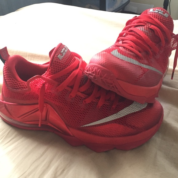 check out 943b6 258b0 ... clearance nike lebron 12 low crimson red d527f 76570