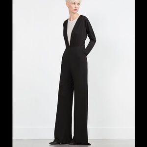 Zara Dresses & Skirts - ZARA JUMPSUIT!