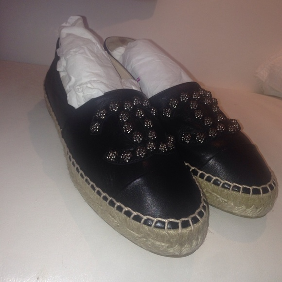 9297da06ac 18% off CHANEL Shoes - Chanel flat shoes from Anoud  39 s closet