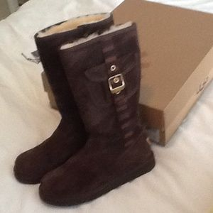 new brown uggs