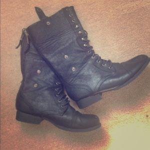 Black boots calf high