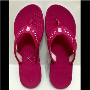aef4f07d0d17 Nike Shoes - Women s Nike Flex Motion Thong Rubber Sandals US 9