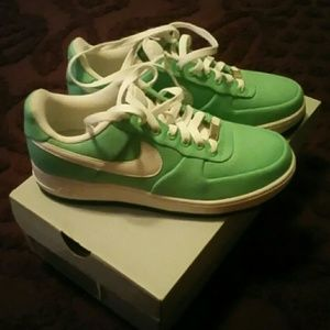 NWOT NIKE AIR FORCE 1s 👟👟