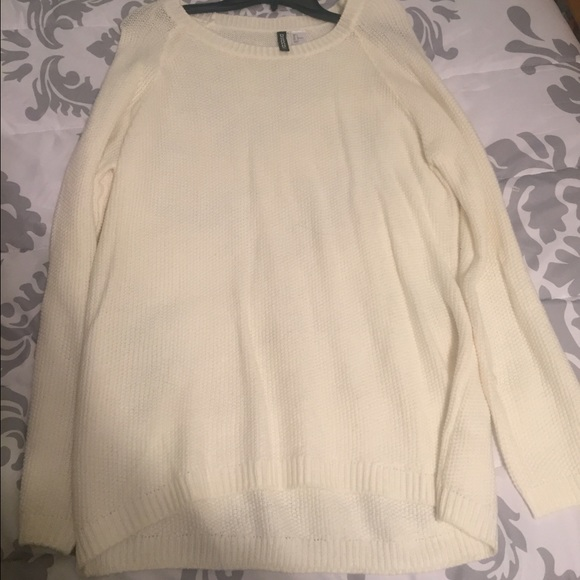60% off H&M Sweaters - Cream color oversized sweater from Lauren's ...