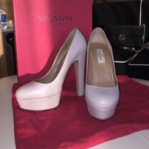 Valentino Shoes - Nude Valentino Pumps