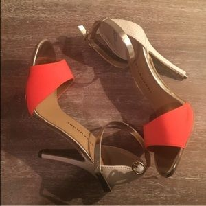 summer saleNWT Chinese laundry heels