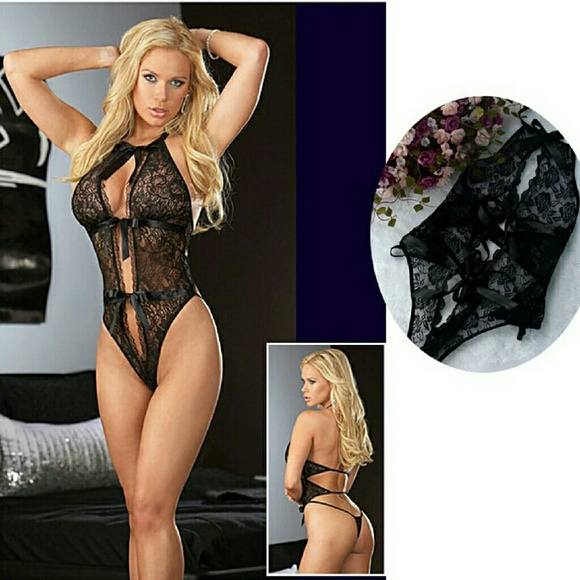 b54b90246ac29 Hot sexy black lingerie with exposed breasts. Boutique