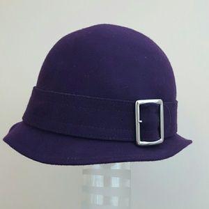 NWOT purple wool cloche bucket hat with buckle