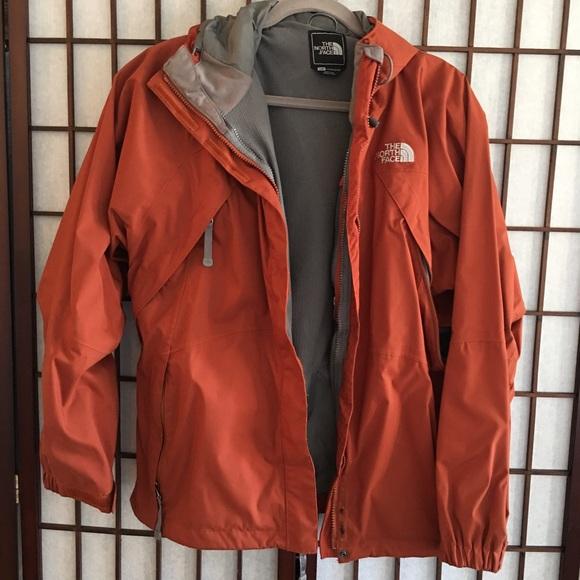 53a05dfca Burnt orange North Face wind resistant jacket