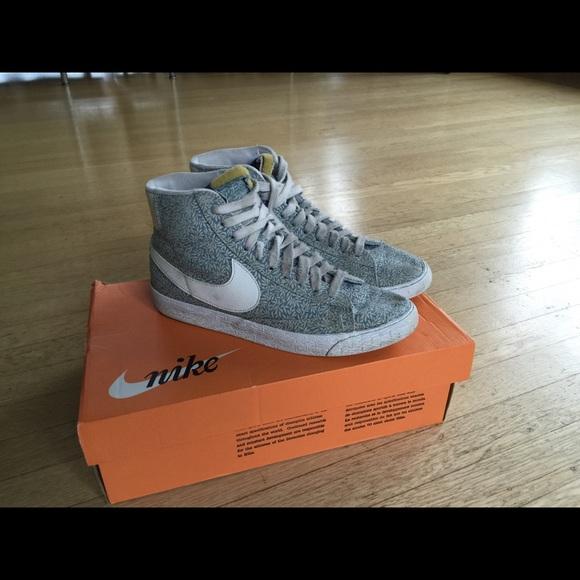 bbf86442c57e Women s Nike Blazer Mid Liberty Print. M 56c6cc5b2de512c7e900e62b