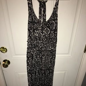 Black and White Printed Maxi Dress Size Large