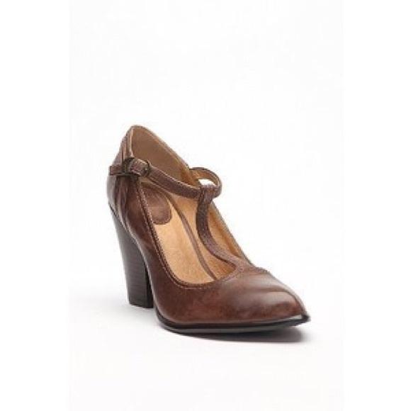 ba033139c69a Frye Shoes - Frye Betty T-Strap Brown Leather Heels