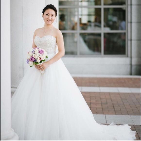 20 off justin alexander dresses skirts justin for Pre worn wedding dresses