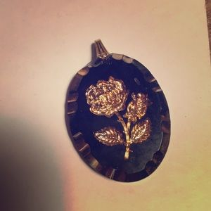 vintage onyx with carved gold plated rose