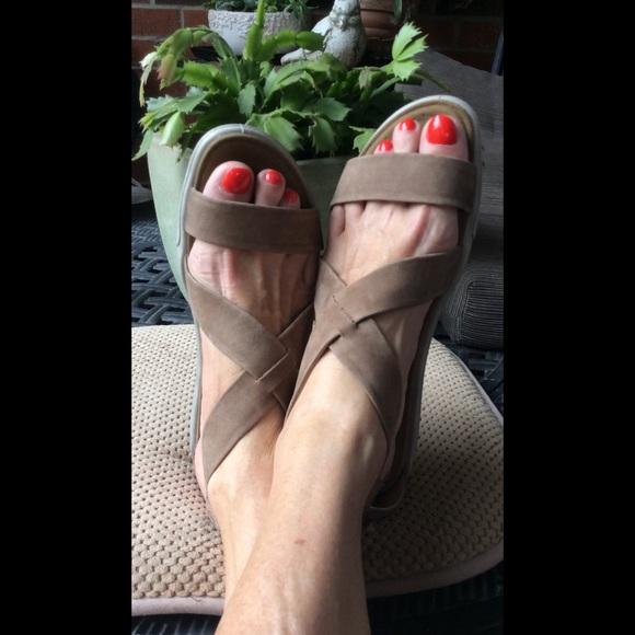 ECCO Damara Strappy Sandal (Women's) dj3OHD