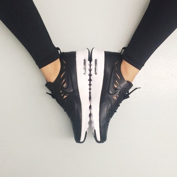 Nike Air Max Thea Joli black Rare!! Size 8 & 8.5 NWT