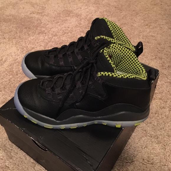 25359d947ceb Jordan Shoes - 💥 💥 FLASH SALE💥💥Jordans retro 10 - size 4y