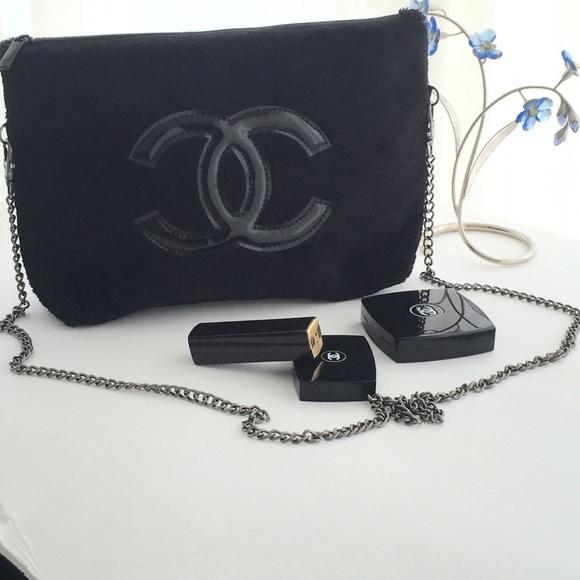 3bdab7240e6 CHANEL Handbags - VIP GIFT Chanel Precision Plush Velour Bag