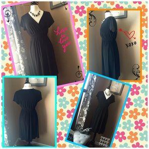 Dresses & Skirts - Motherhood Maternity Little Black Dress! 🐣👶👼