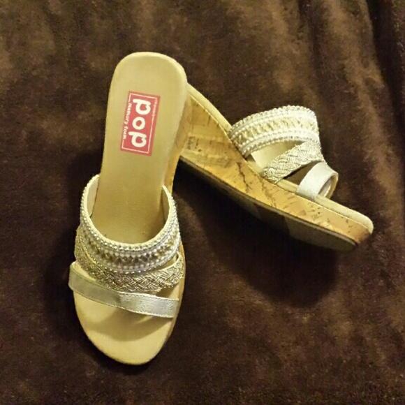 EDL POP Shoes - EDL POP Memory Foam Shoes NEVER WORN 849759c38