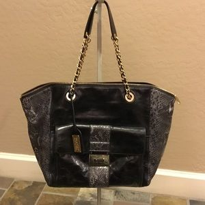 Badgley Mischka Handbags - Badgley Mischka shoulder bag