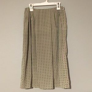 Beautiful high waist patterned skirt