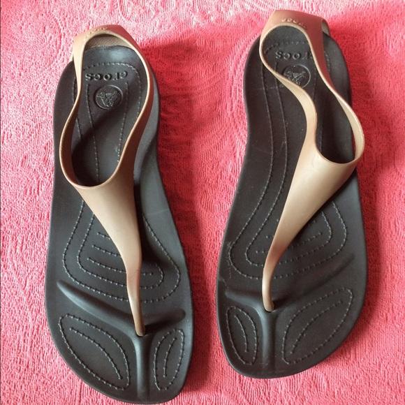 5d1b8ffaaf21 crocs Shoes - 💕Crocs Sexi Flip Sandals Size 10 ~ Espresso