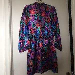 Gorgeous Victoria's Secret half robe