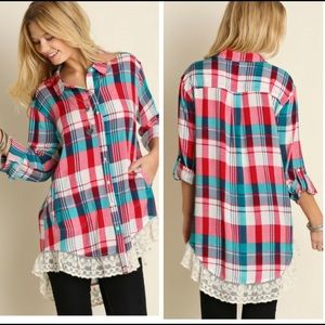 •plaid lace hem button down•