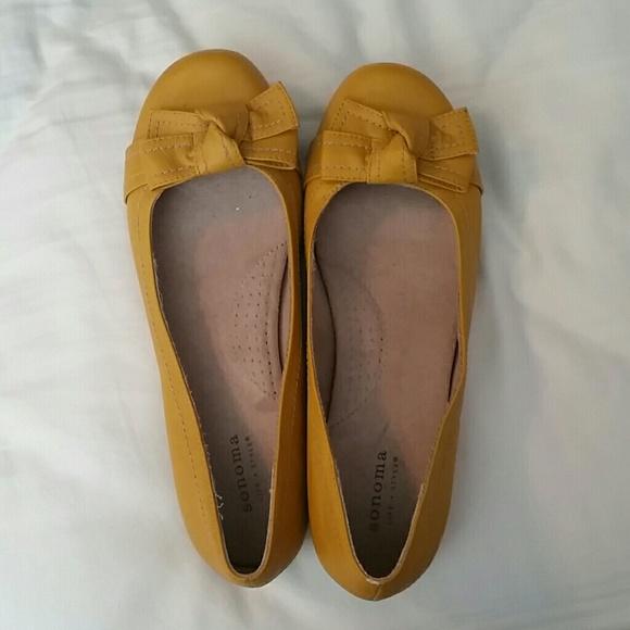 Super Cute Mustard Yellow Flats | Poshmark