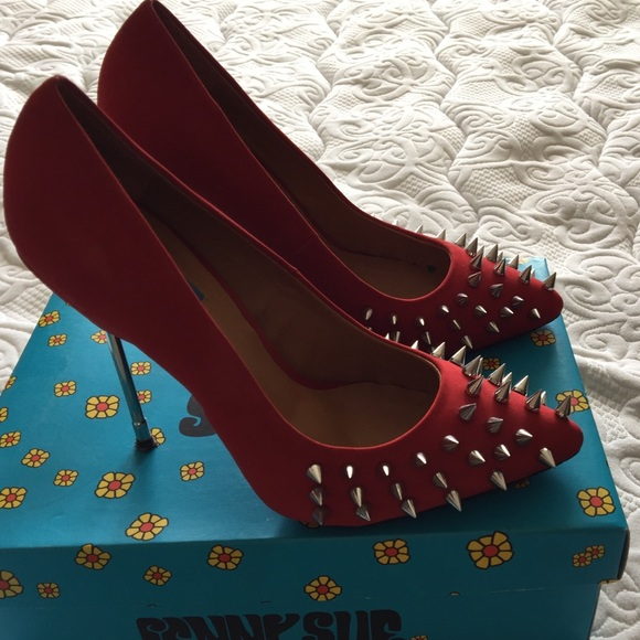 "Penny Sue Shoes - Red suede spike stilettos ""Danger"""