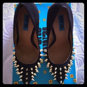 "Penny Sue Shoes - Black suede spike stilettos ""Danger"""