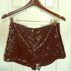 👯 Sparkly Sequin Shorts